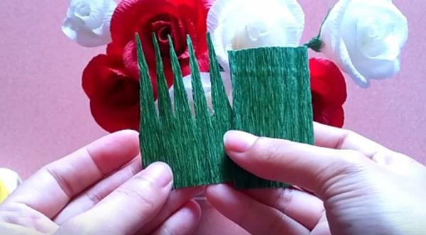 Cách làm hoa hồng giấy đáng yêu tặng bạn gái 23