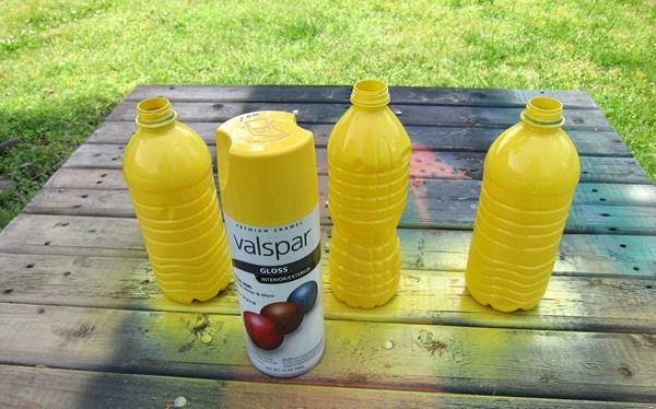 Xịt màu phủ kín mặt ngoài chai nhựa