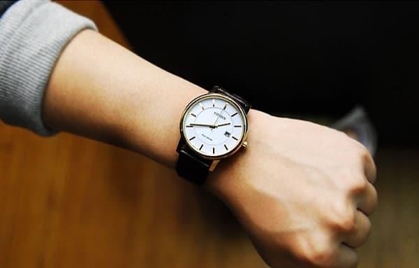 Màu da cũng quyết định đến việc chọn lựa đồng hồ