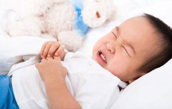Dấu hiêu, biểu hiện và triệu chứng bệnh viêm ruột ở trẻ em
