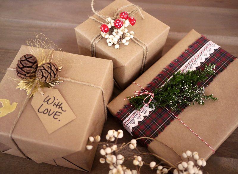 Tự gói quà tăng người thân và bạn bè