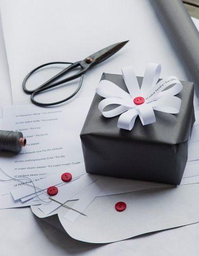Tạo hình bông hoa trên hộp quà lạ mắt