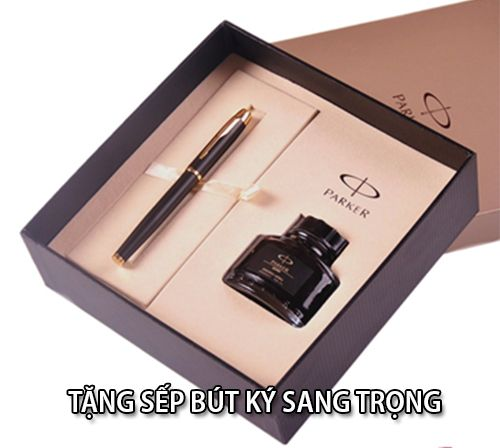 Bút ký là món quà vừa ý nghĩa và thiết thực khi tặng sếp nam