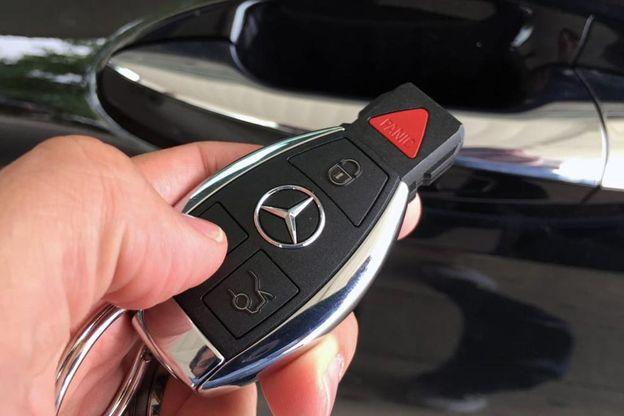 Khi nào nên thay pin chìa khóa ô tô
