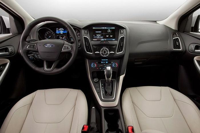 Nội thất của xe Ford Focus được làm từ các vật liệu cao cấp