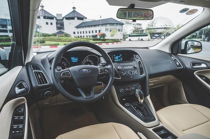 Hãng xe Ford luôn trang bị những tính năng an toàn cho người ngồi trong