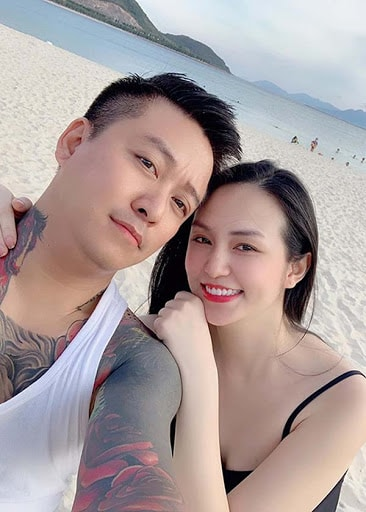 Hương Baby là hotgirl nổi tiếng Hà Thành, vợ nam ca sĩ Tuấn Hưng
